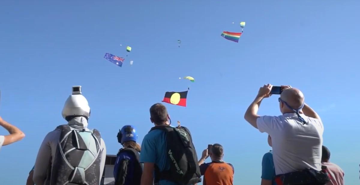 Primeiro festival LGBTQI+ de paraquedismo