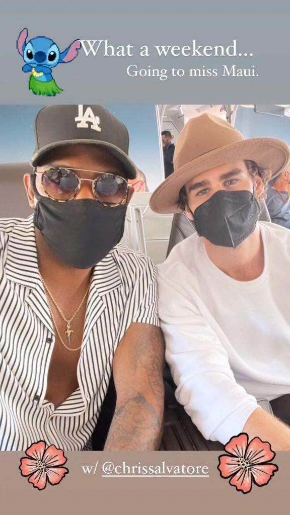 Karamo Brown e Chris Salvatore em viagem ao Havaí