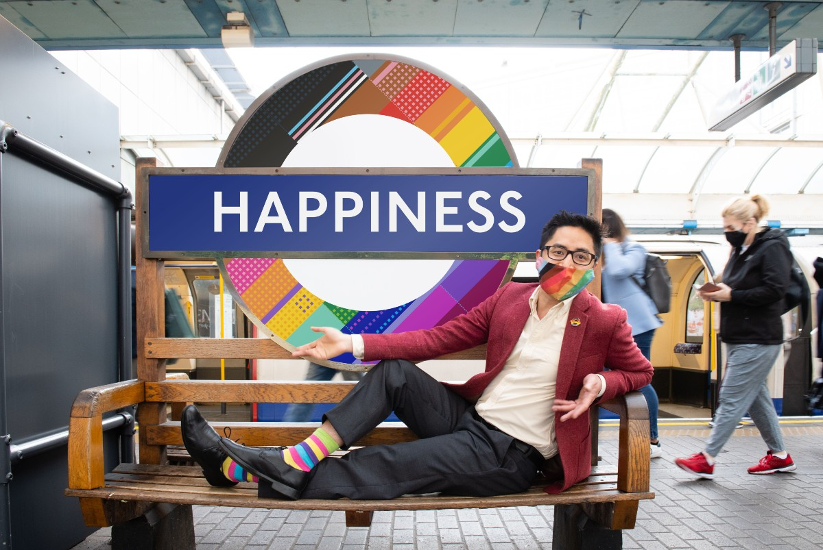 Dan Vo and his roundel design at Hammersmith tube station