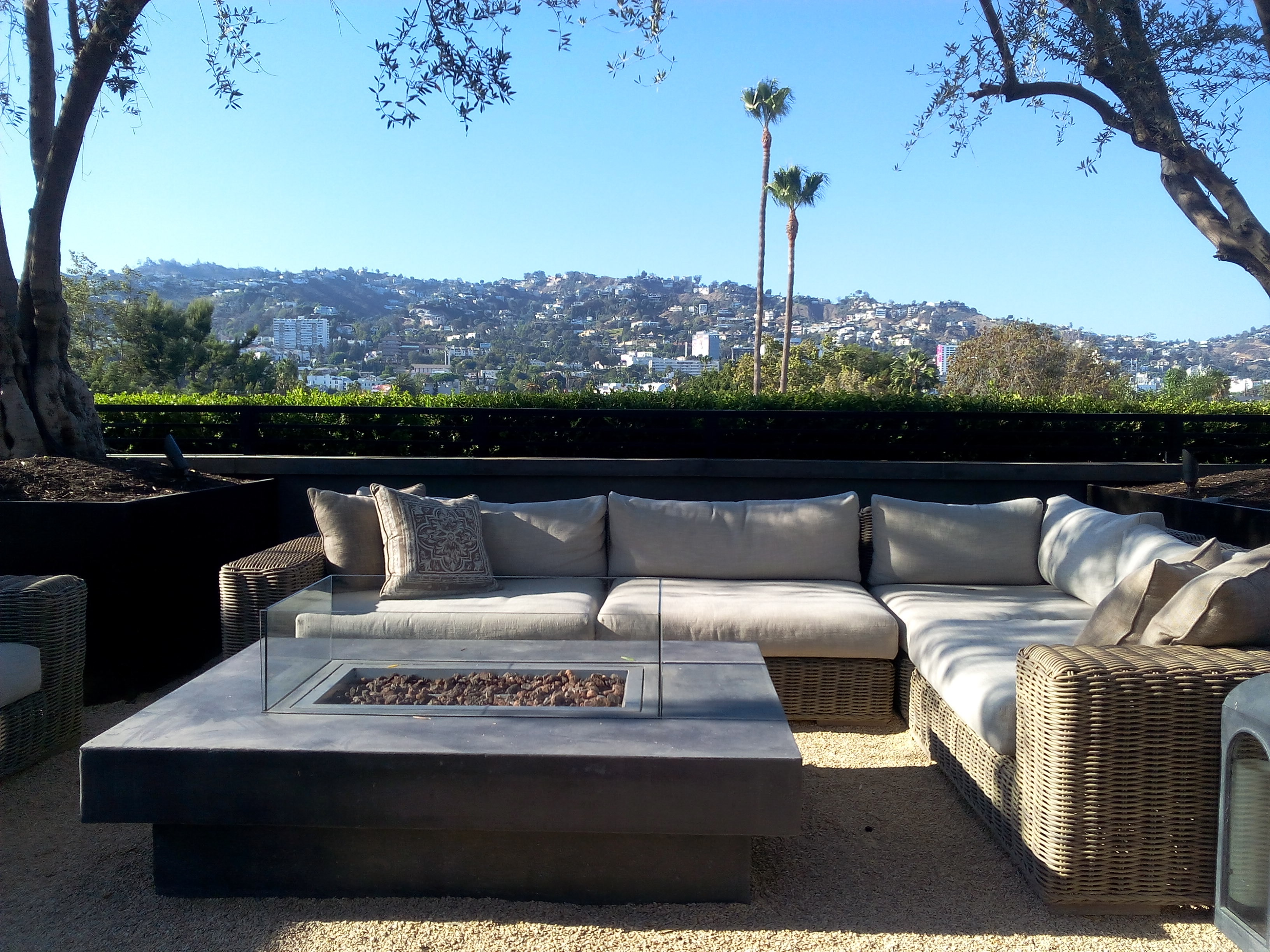 Peachy The Sexiest Weho Lounge May Actually Be Restoration Hardware Download Free Architecture Designs Scobabritishbridgeorg