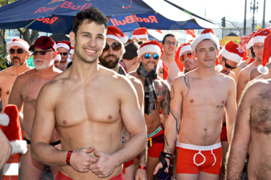 Santa-hotties-ready-to-run-670x446